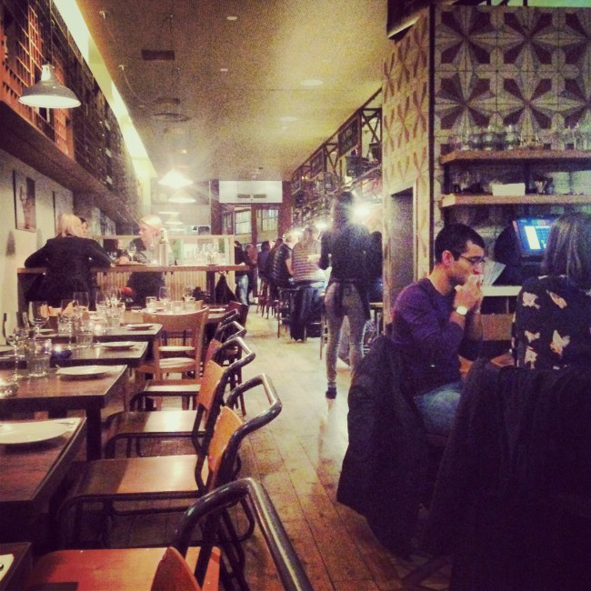 REVIEW: TRAMONTANA BRINDISA - London On The Inside