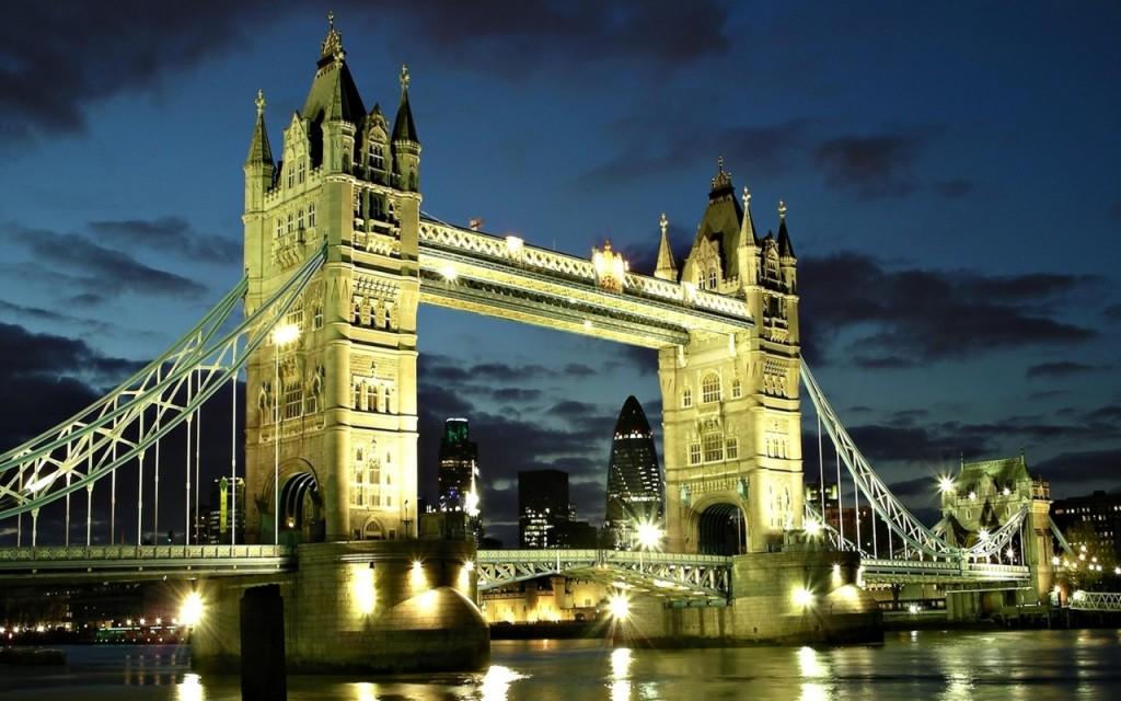 free things to in london tower bridge