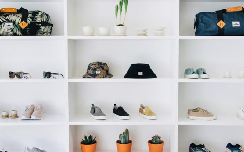 41940583abf Pam Pam is a women s only sneaker
