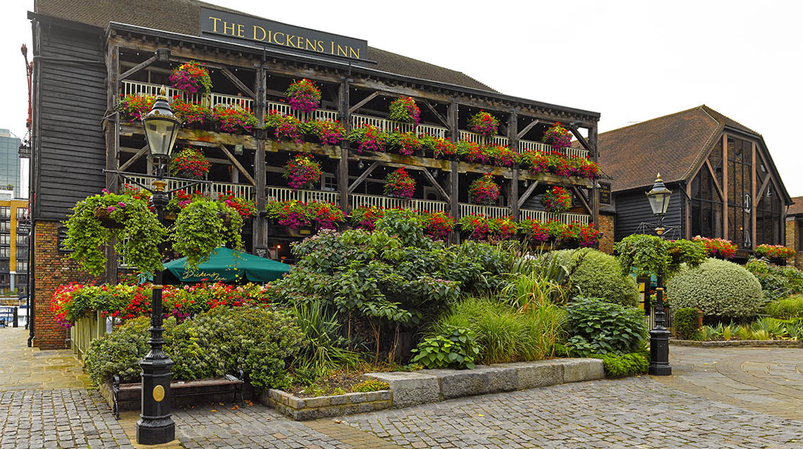 Dickens Inn | London On The Inside