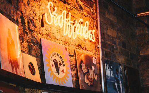 Vinyl wall OSRC