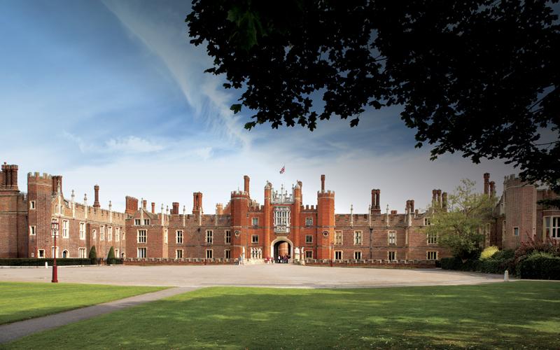 Explore Hampton Court | Social | London On The Inside