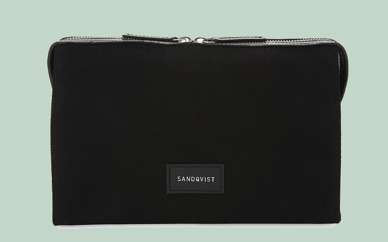 sandqvist wash bag | london on the inside