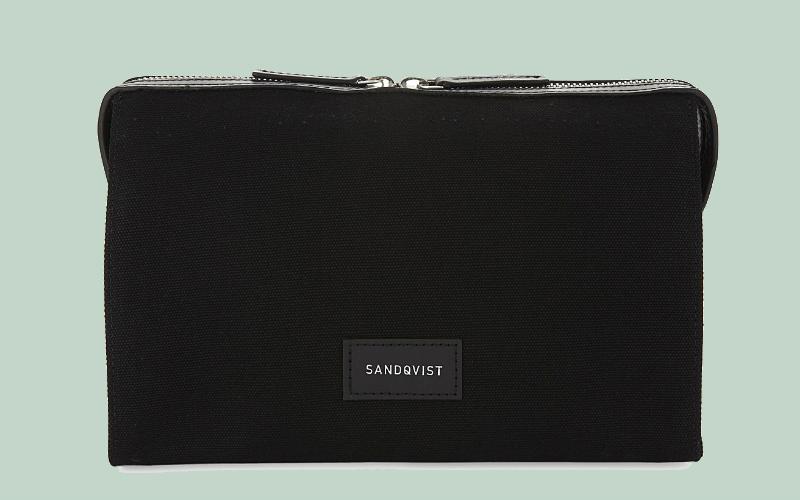 sandqvist wash bag | london on the inside