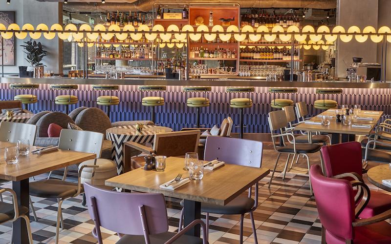 bluebird cafe | london on the inside