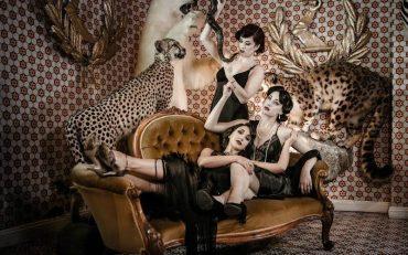 gin house burlesque   london on the inside
