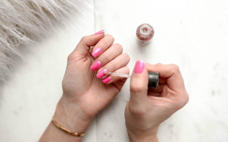 nails | london on the inside