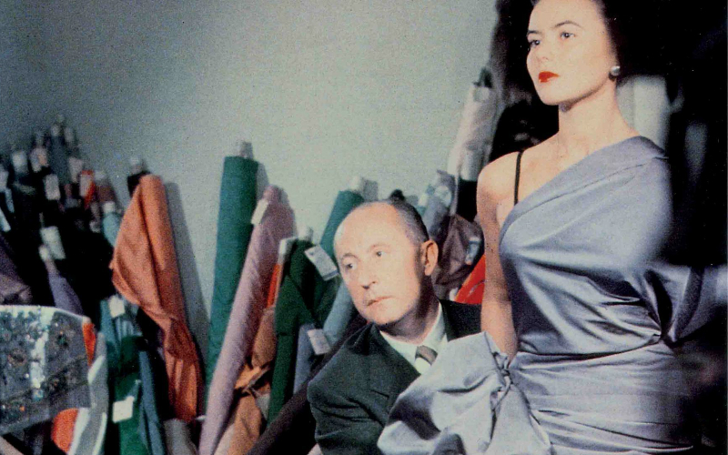 christian dior exhibition   london on the inside
