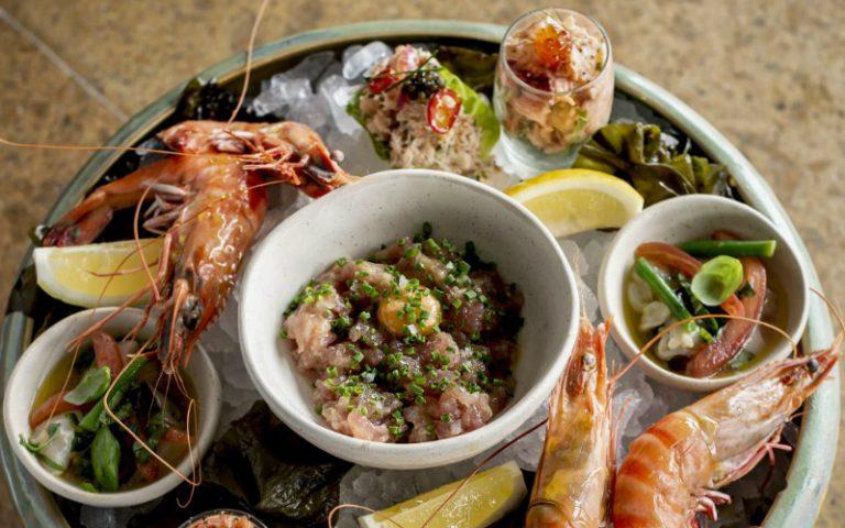 seafood platter at oblix