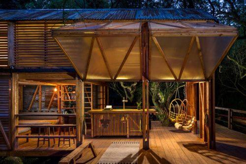 cabin pub