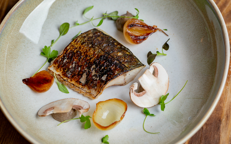 seafood restaurants | roe