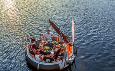 40% OFF A PRIVATE BBQ BOAT