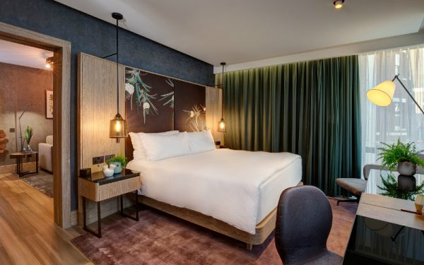 WIN A STAY IN THE VEGAN SUITE & DINNER AT HILTON LONDON BANKSIDE